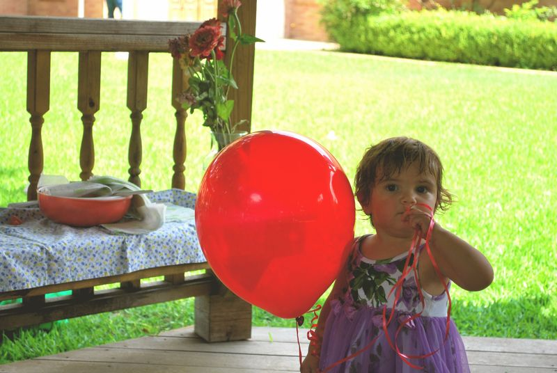 Bea and red balloon